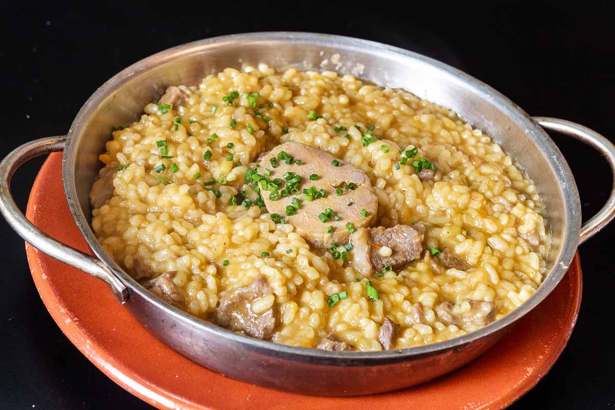 Sweet rice with iberian meat and foie gras