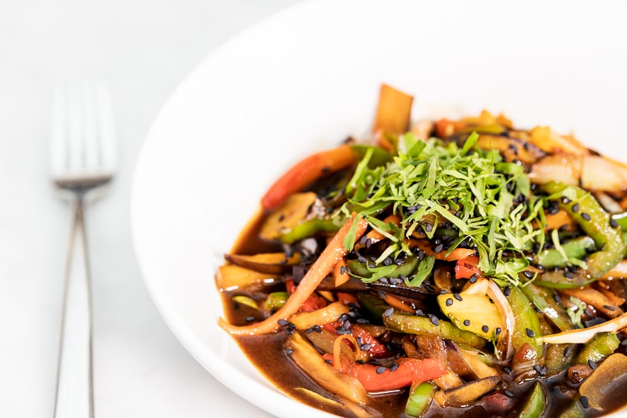 Wok-sauteed fresh vegetables with soya sauce